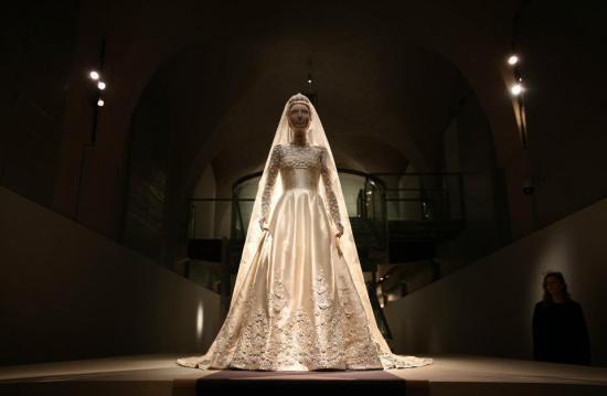 princess-marie-chantal-of-greece-wedding-dress